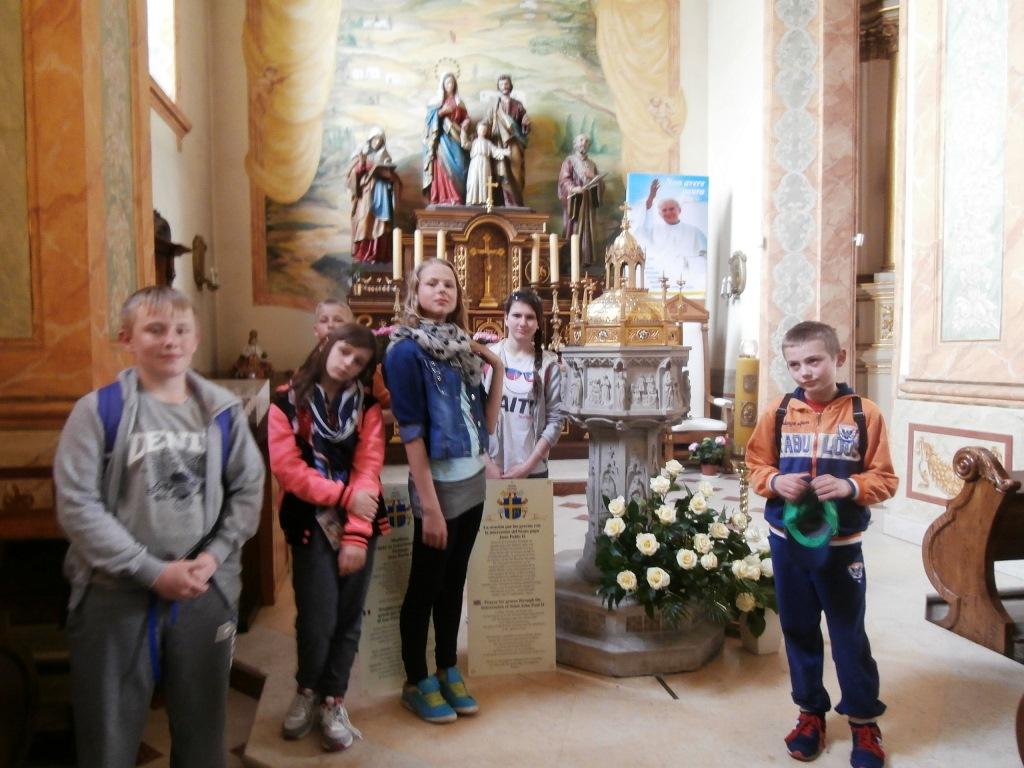 Przy chrzcielnicy w Wadowicach